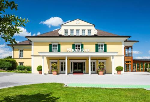Sheraton Fuschlsee-Salzburg Hotel Jagdhof Cover Picture