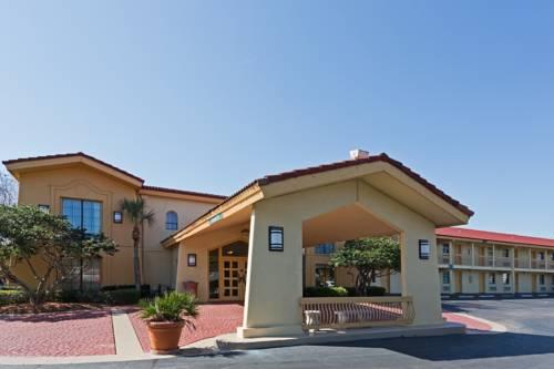 Baymont Inn & Suites Jacksonville Orange Park Cover Picture