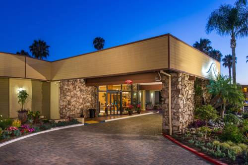 San Clemente Inn Cover Picture