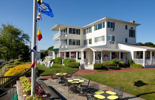 Inn at Harbor Hill Marina Cover Picture