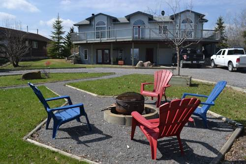 Pigeon Lake Bed & Breakfast Cover Picture
