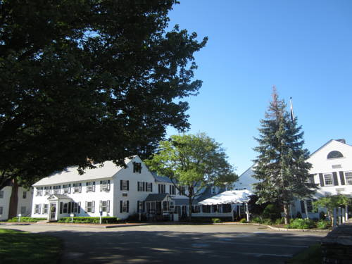 Publick House Historic Inn and Country Motor Lodge Cover Picture