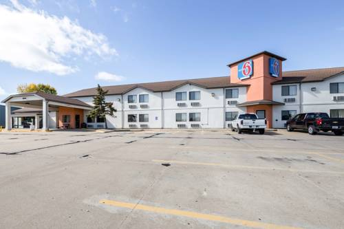 Motel 6 Waterloo Cover Picture