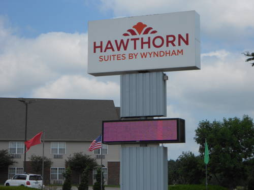 Hawthorn Suites Wichita West Cover Picture