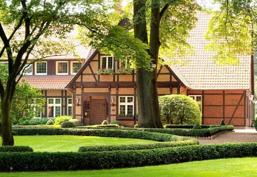 Heidehotel Waldhütte Cover Picture