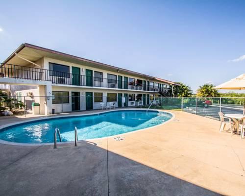 Econo Lodge Sebring Cover Picture
