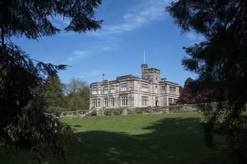 Hampton Manor Cover Picture