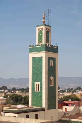 Riad Malak Cover Picture