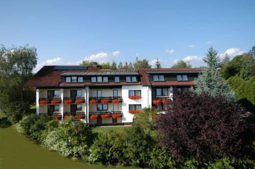 Hotel Dreisonnenberg Cover Picture