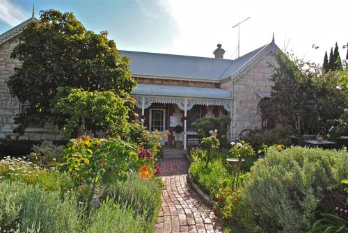 Eastcliff Cottage Sorrento Cover Picture