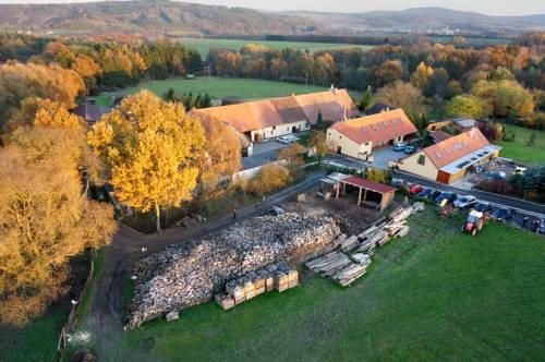 Penzion Farma Dvorec Cover Picture