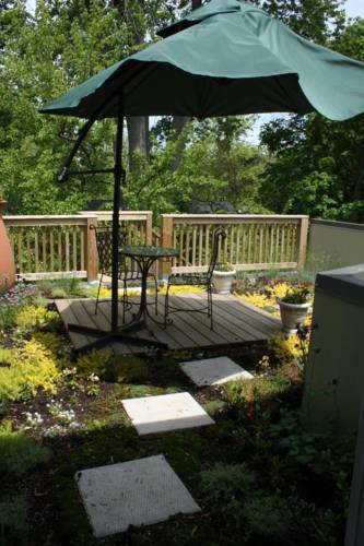 Mettawas End Bed & Breakfast Cover Picture