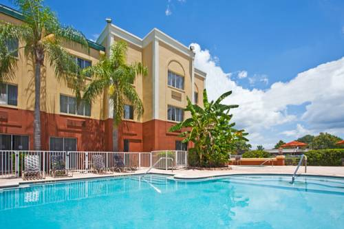 Holiday Inn Express Hotel Clearwater East - ICOT Center Cover Picture