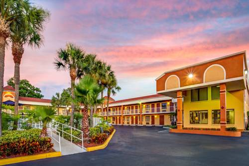 Howard Johnson Express Inn Suites - South Tampa / Airport Cover Picture