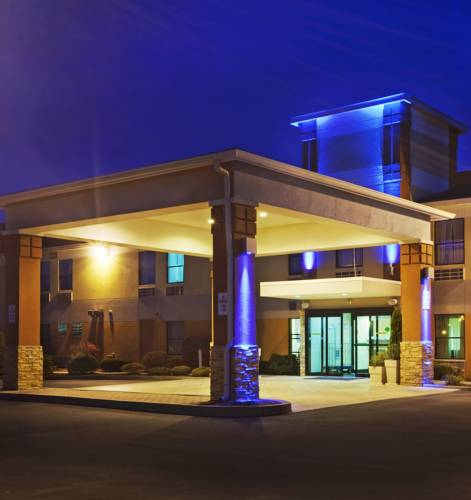 Holiday Inn Express North Attleboro Cover Picture