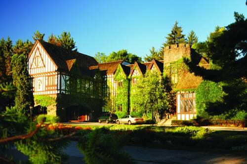 Inn at the Peak at Peek n Peak Resort and Spa Cover Picture