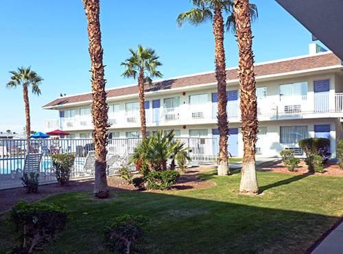 Motel 6 El Centro Cover Picture