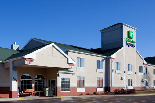 Holiday Inn Express Watertown Cover Picture