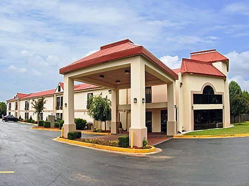 Motel 6 Gwinnett Center Cover Picture