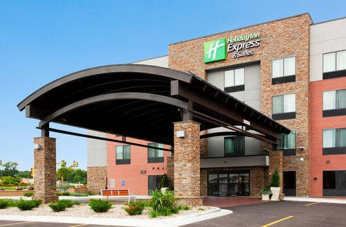 Holiday Inn Express and Suites Rochester West-Medical Center Cover Picture