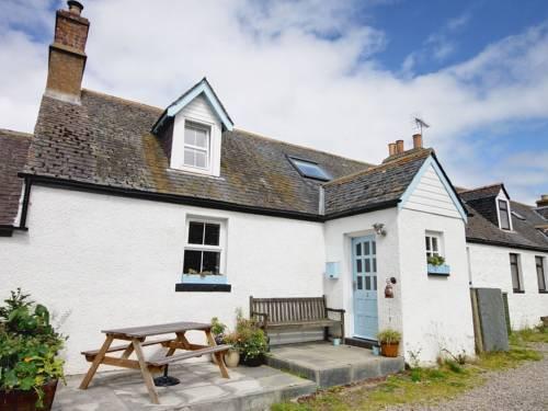 2 Tarrel Farm Cottages Cover Picture