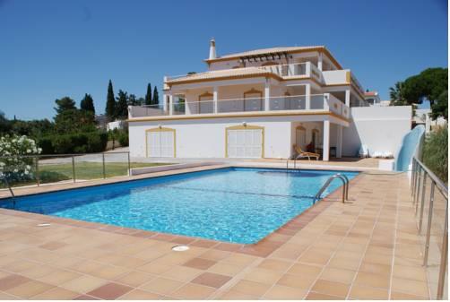 Villa Beach Vale Centeanes Cover Picture