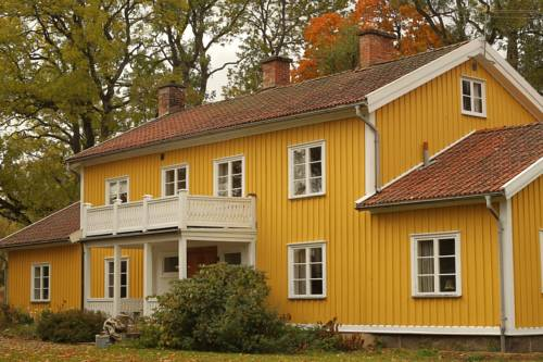 Hallebergs Bed&Breakfast Cover Picture