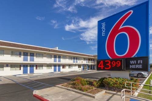 Motel 6 Phoenix North - Bell Road Cover Picture