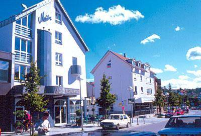 Hotel Restaurant Maître Cover Picture