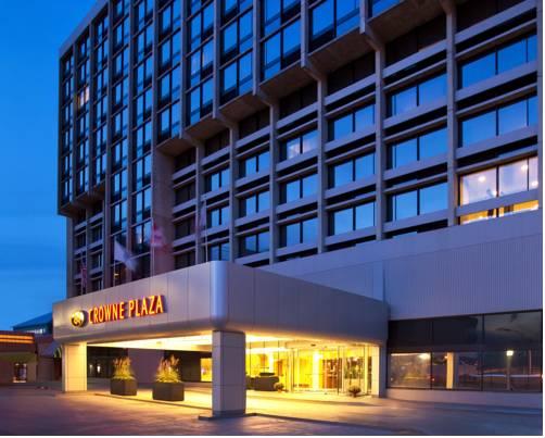 Crowne Plaza Hotel Boston- Newton Cover Picture