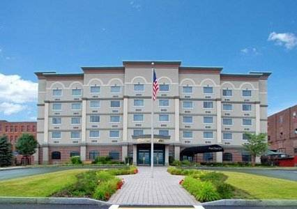 Clarion Hotel Oneonta Cover Picture