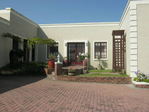 Green Pastures Bed & Breakfast Cover Picture