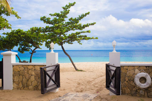 Coyaba Beach Resort Cover Picture
