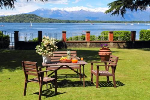 Il Giardino Sul Lago Cover Picture