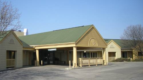 Red Roof Inn Appleton Cover Picture