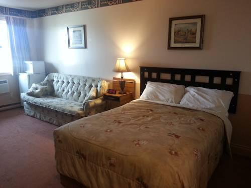 Traveller's Inn Cover Picture