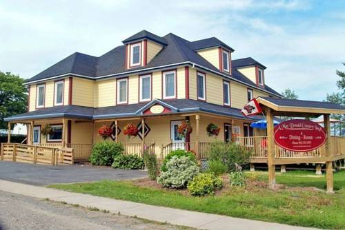 A MacDonald Country Inn Cover Picture