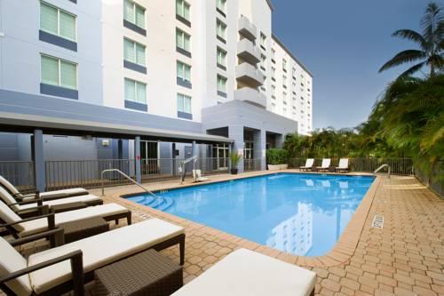 Holiday Inn Hotel Miami-Doral Area Cover Picture