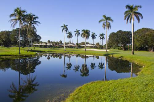 Shula's Hotel & Golf Club Cover Picture