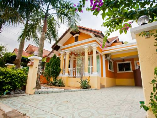 Budsaba 3 Bedroom Villa by Pete Service Cover Picture