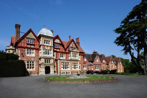 Pendley Manor Cover Picture