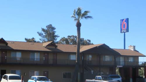 Motel 6 Beaumont Cover Picture