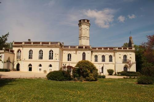 Chateau Castelrives Cover Picture
