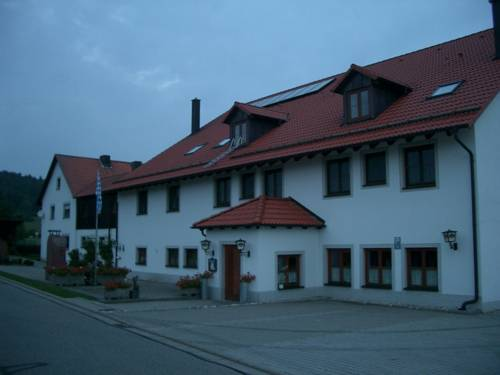 Gasthaus Pension Zum Linka Cover Picture