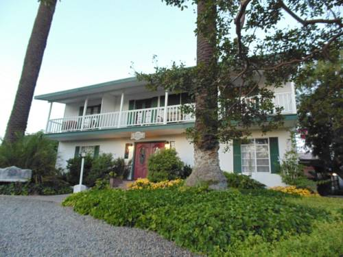 Plantation Bed & Breakfast Cover Picture