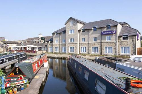 Premier Inn Huddersfield Central Cover Picture
