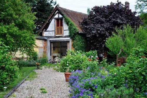 Au Fond du Jardin Maison d'hôtes Cover Picture