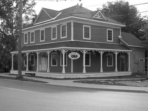 Emilyville Inn Cover Picture