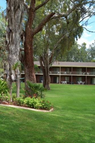 Tocumwal Golf Resort Cover Picture