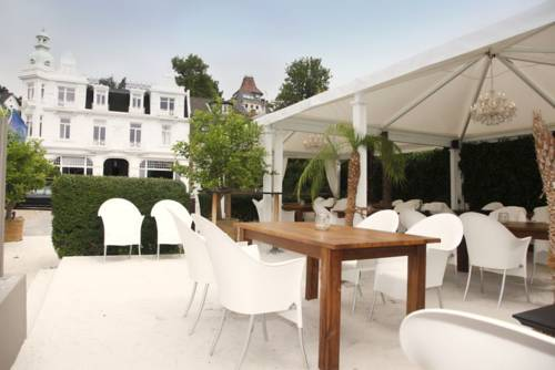 Strandhotel Blankenese Cover Picture